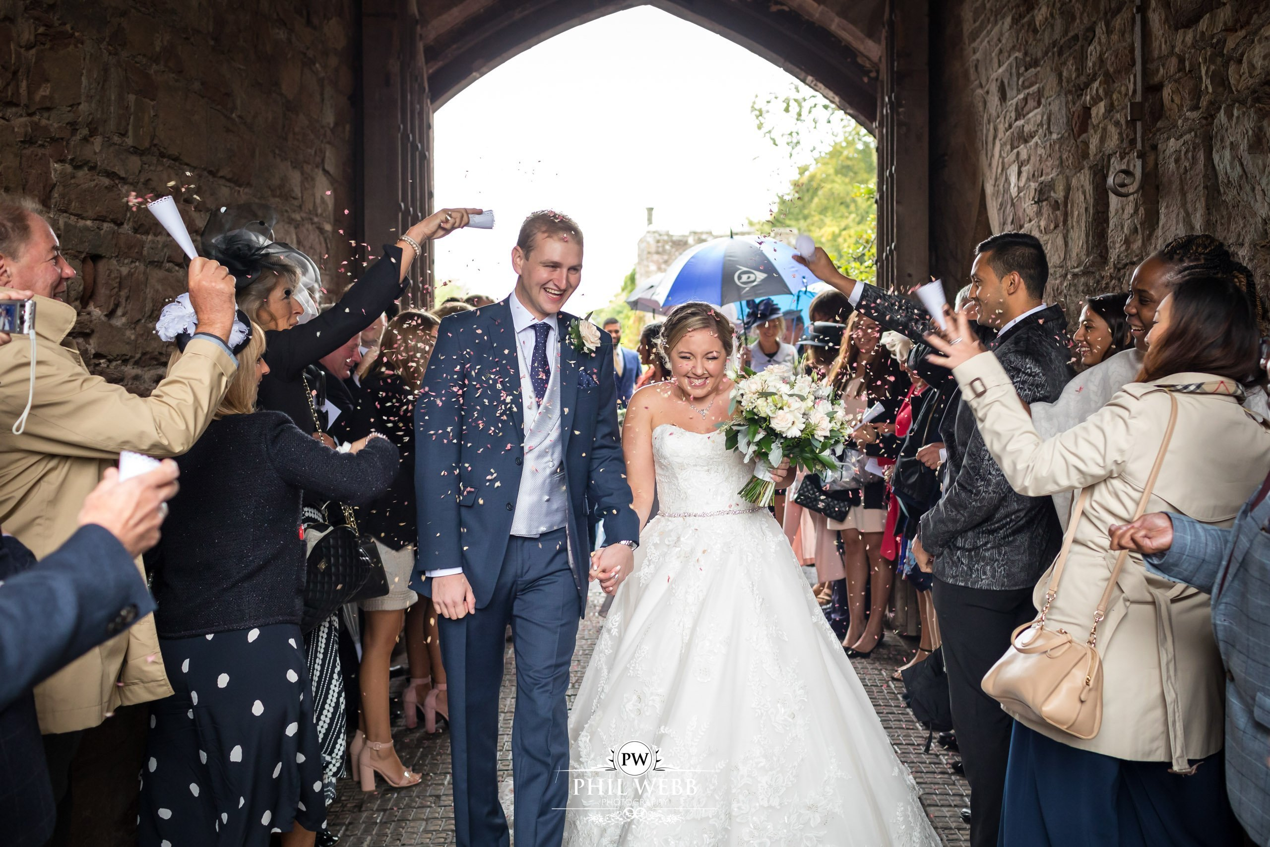 Claire & Jonathan – Berkley Castle Wedding